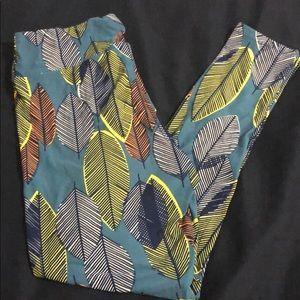 LuLaRoe Pants - New lularoe TC leggings